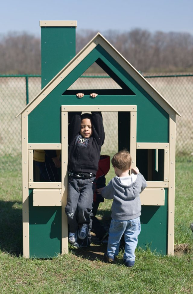 Little Peoples Play House   Nature of Early Play